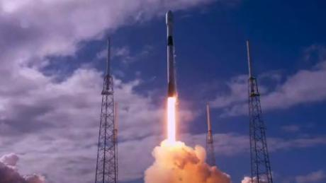 SpaceX's Starlink satellites are messing with stargazers' observations. Astronomers say 'not cool!'