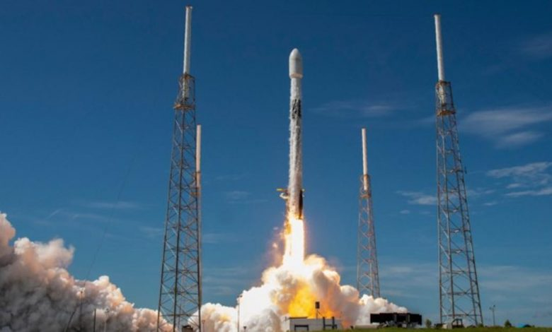 SpaceX to attempt historic back-to-back Falcon 9 flights
