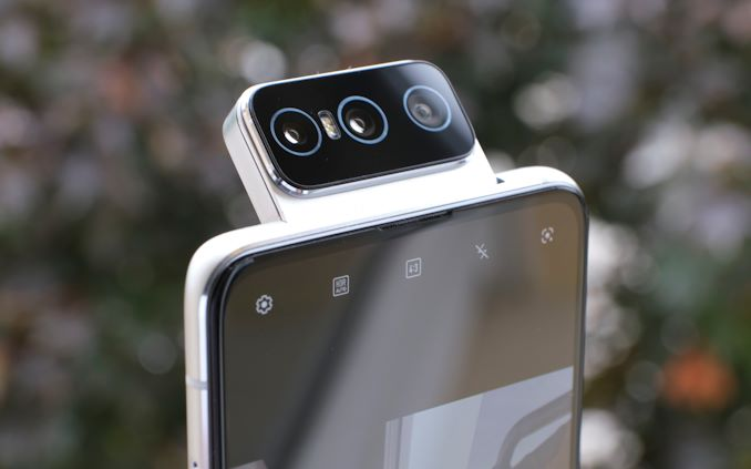 Asus Zenfone 7 Pro Review: Triple Flip-Camera