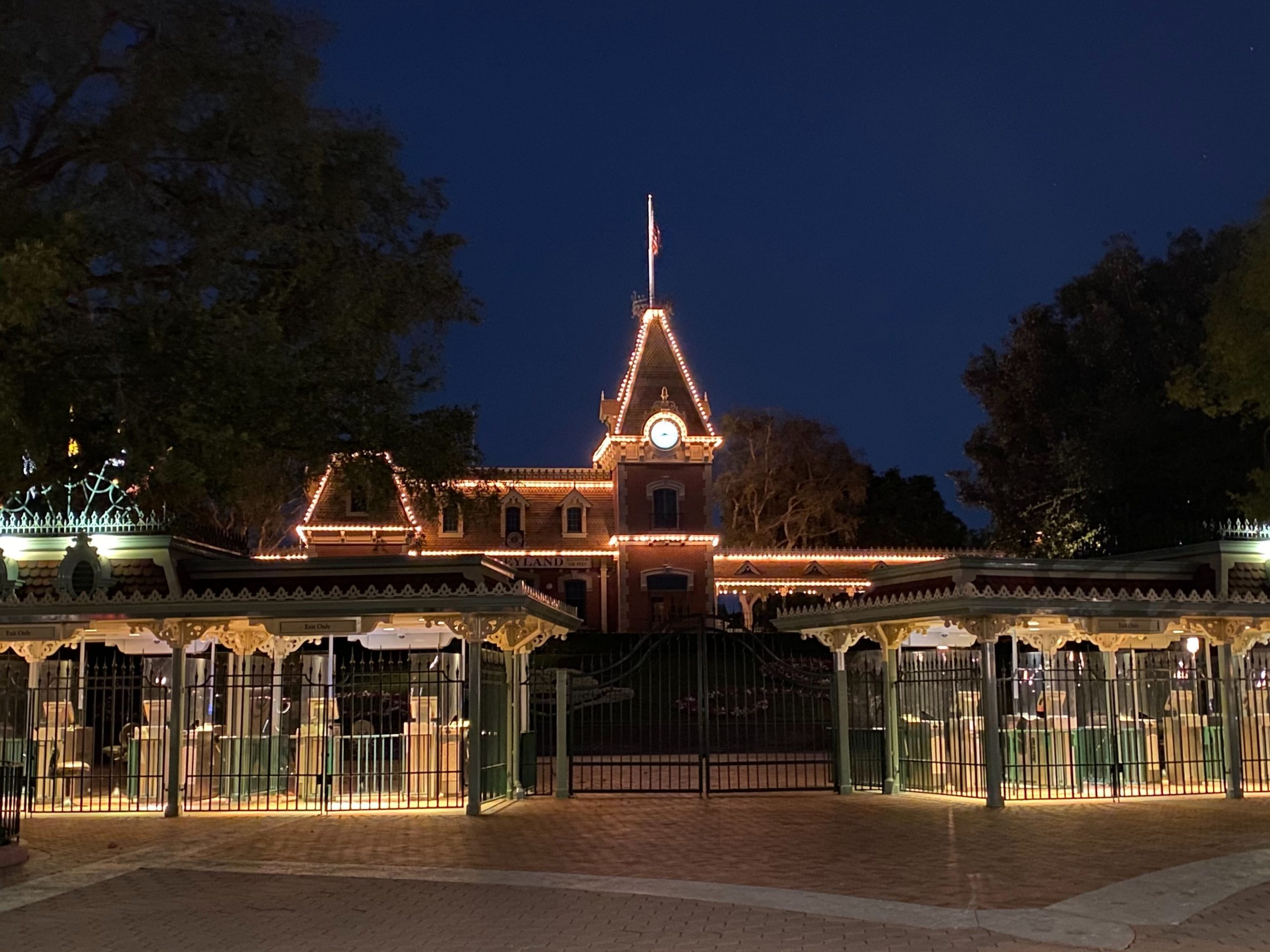 "Disneyland President States Resort is ""in limbo"" without re-opening Governor Newzome's guidelines"