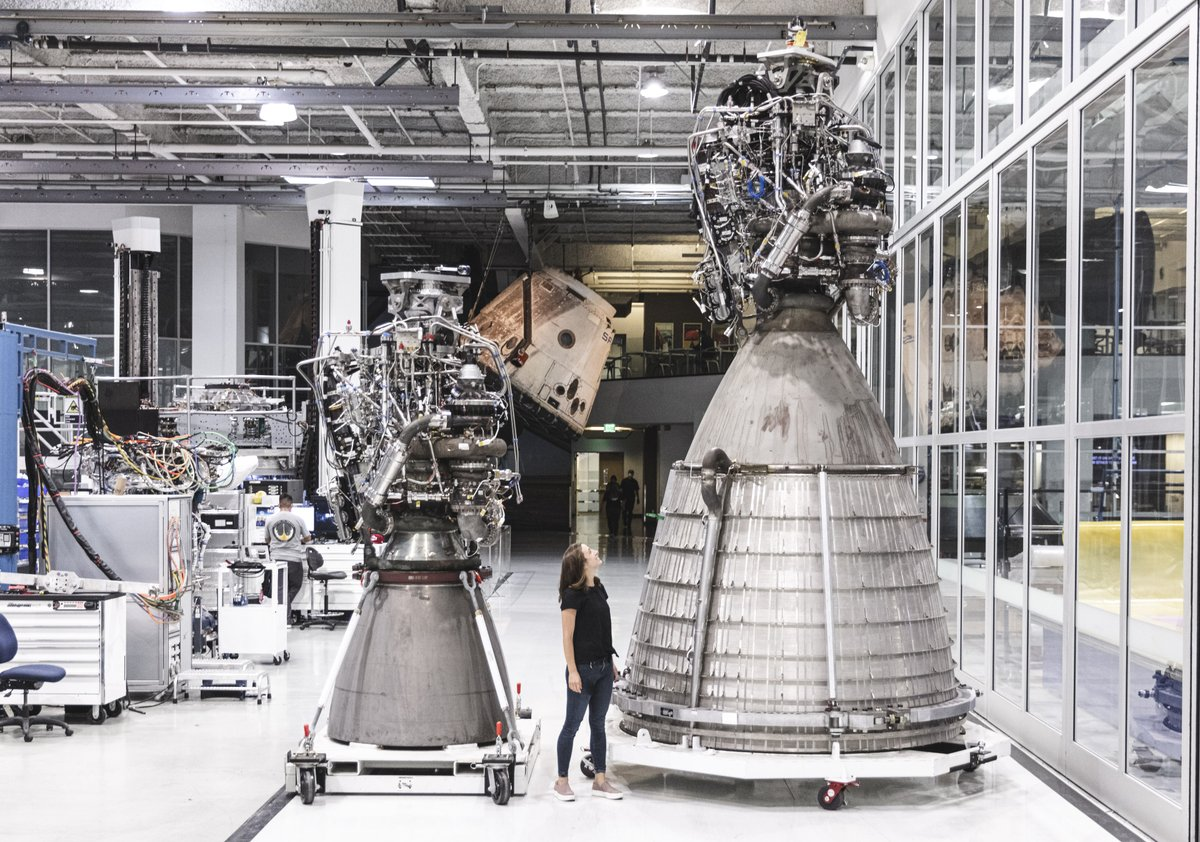 SpaceX Raptor Engine Starship NASA HLS