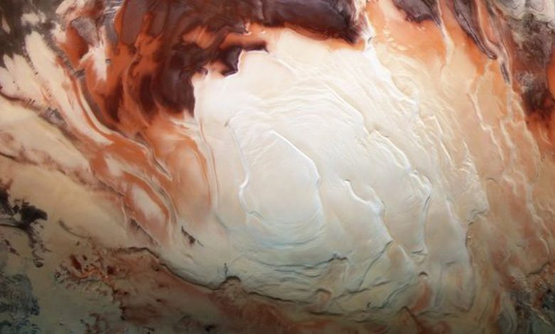 Researchers believe they've detected 3 hidden lakes under Mars' icy surface