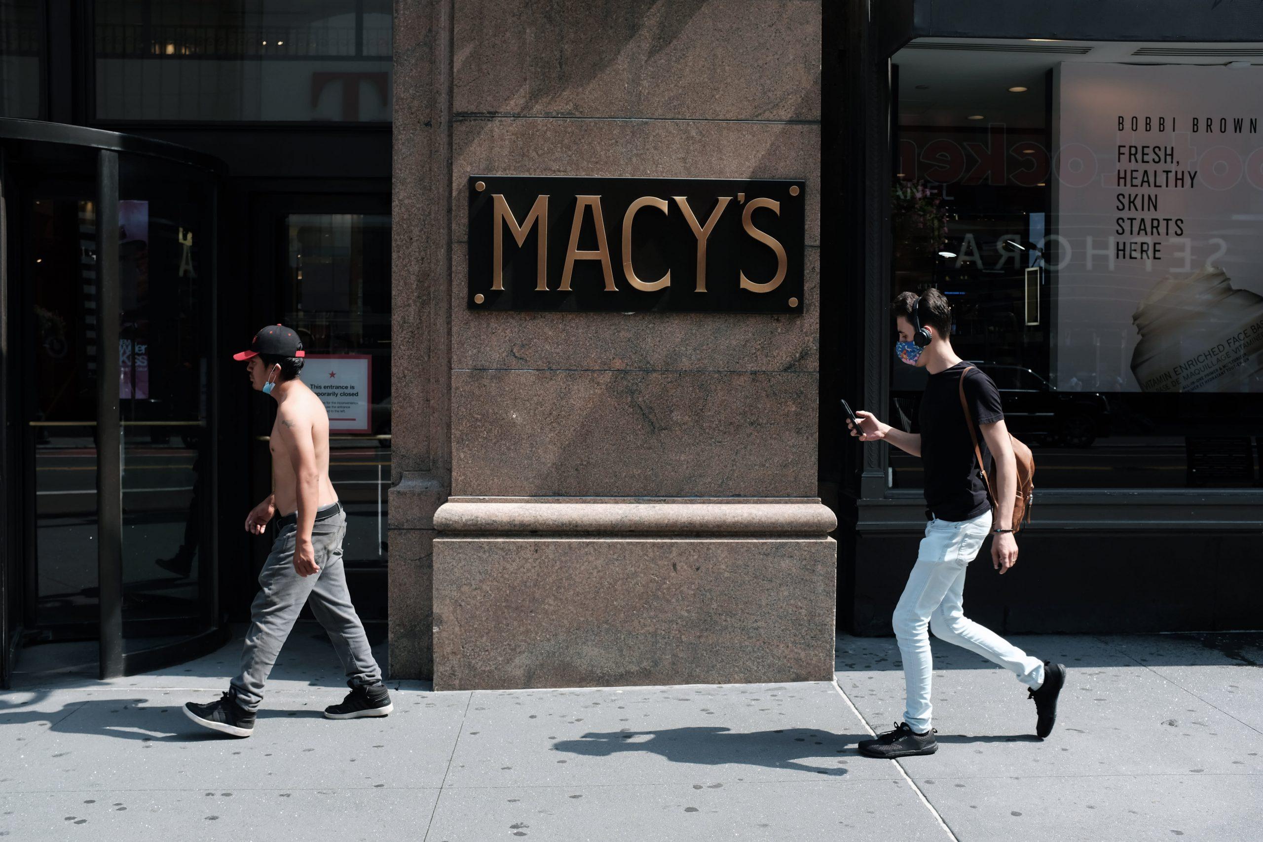 Macis (M) Q2 2020 net loss, same store sales fell 35%