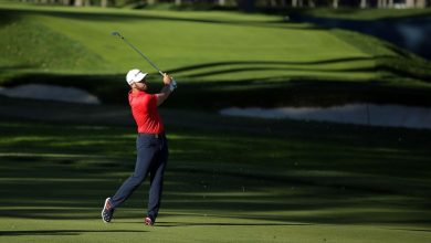 Photo of Matthew Wolf 65, leads Bryson de Combo 2 shots as he enters the US Open finals