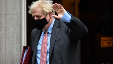 Photo of Prime Minister Boris Johnson urges Britain to follow rules to avoid being locked up