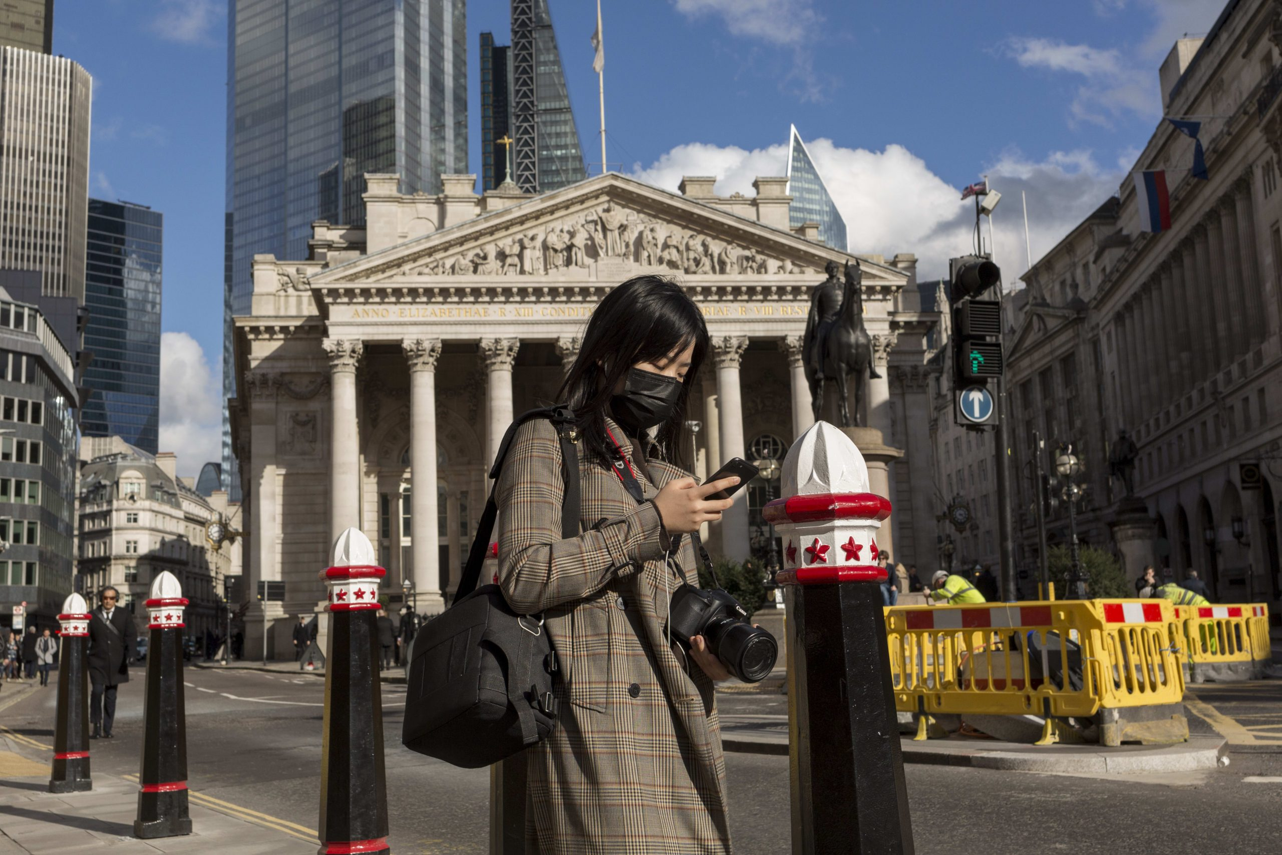 The UK economy grew 6.6% in July as the recovery continued