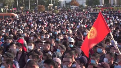 Photo of Kyrgyzstan election: Protesters attack parliament over vote rigging demands