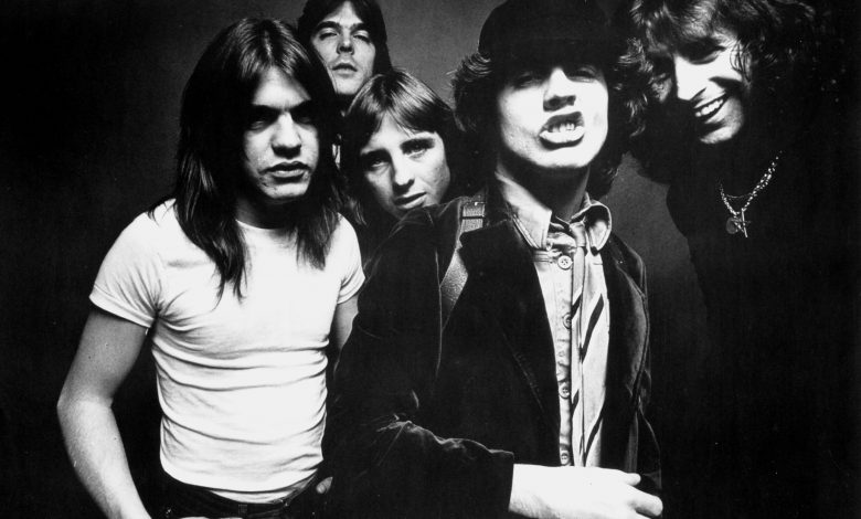 AC / DC releases the first single, 'Shot in the Dark' from the reunion album