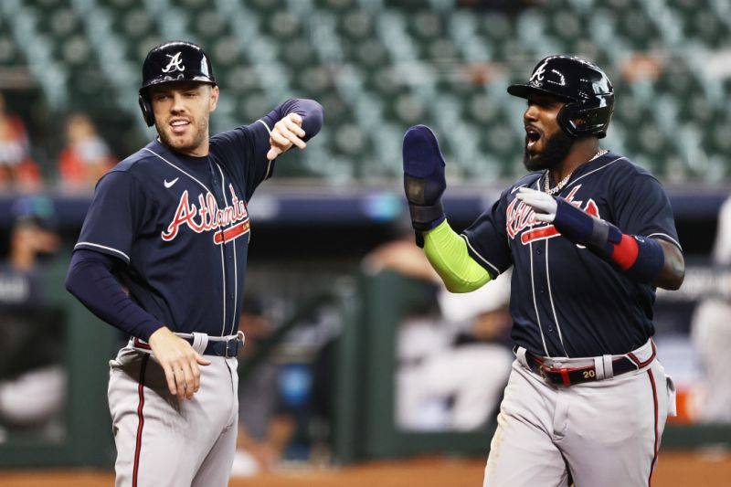 For the first time since 2001, Braves joined NLCS after clearing Marlins. (Photo by Elsa / Getty Images)
