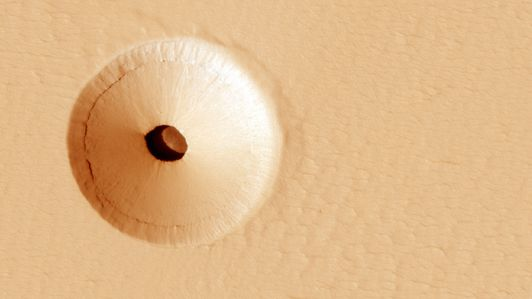 marshole2r-Hirise-2560