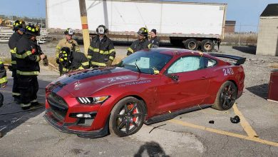 Photo of Fire Department 2020 destroys Ford Shelby GT500 for training purposes