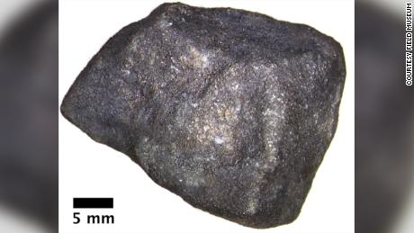 The meteorite that fell into Strawberry Lake contains beautiful organic compounds.