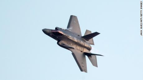 Kushner's covert motive to sell F-35 jets to the United Arab Emirates causes frustration among US agencies and lawmakers