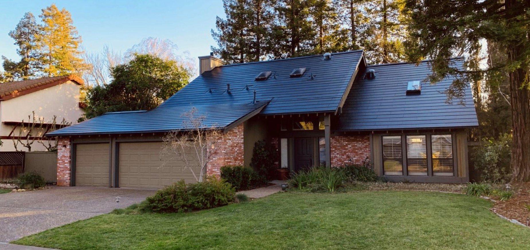 Elon Musk: Tesla's next 'killer product' solar roof
