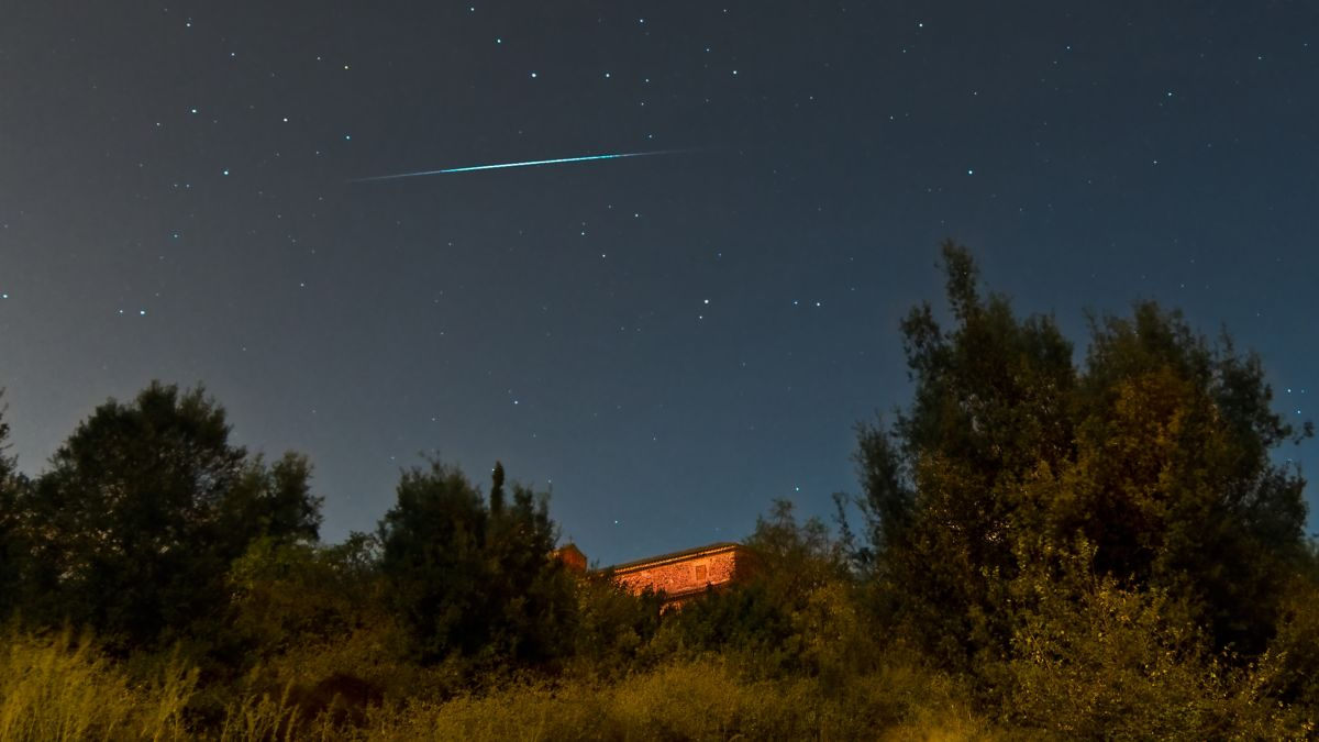 How to catch a tonic meteor shower tonight