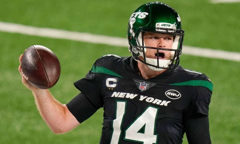 Sam Dornold practices of the New York Jets with the hope that the QB can start