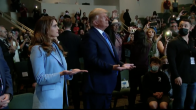 Photo of There are some masks and social distances in the church service that Trump attended