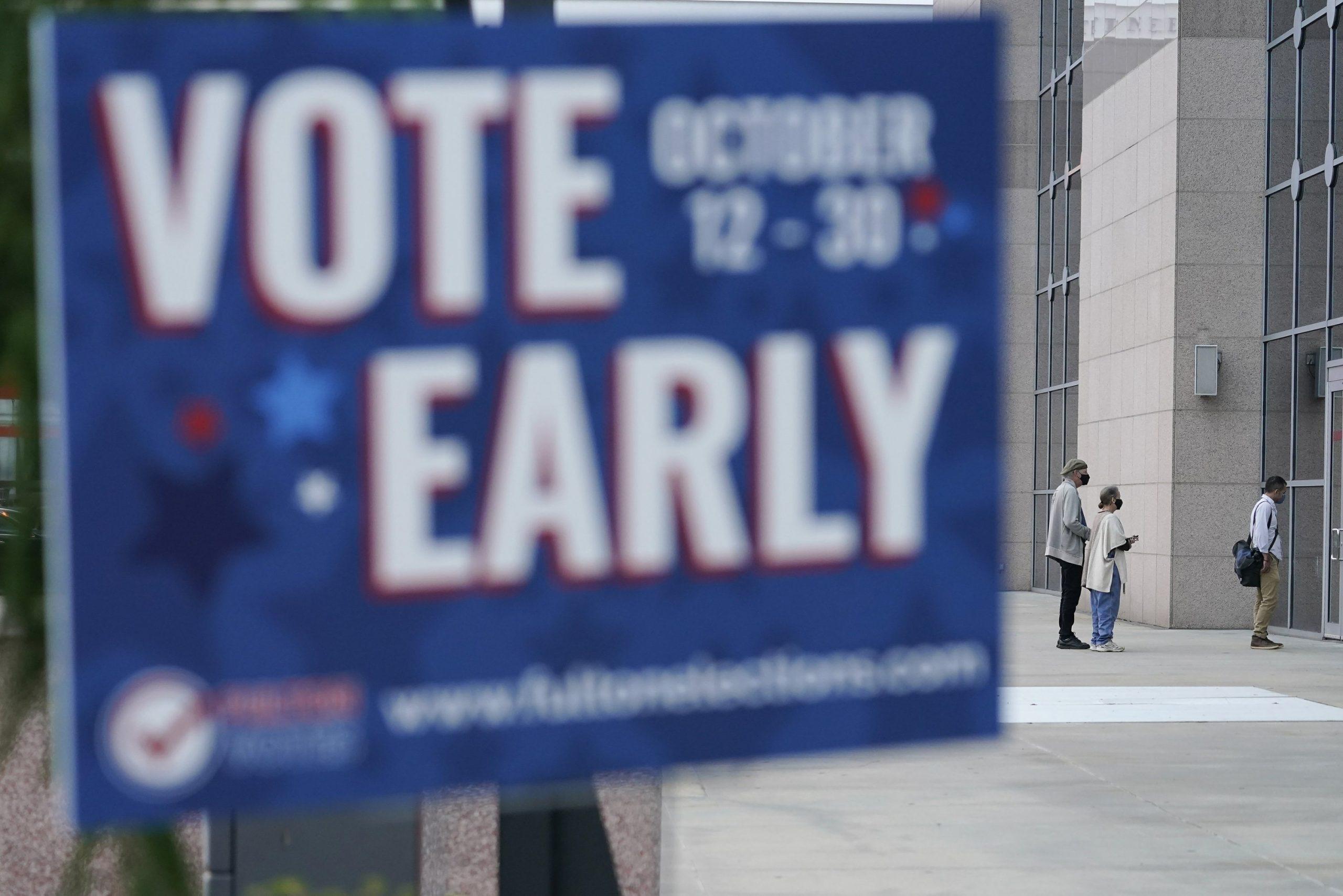 Voting begins early in Georgia
