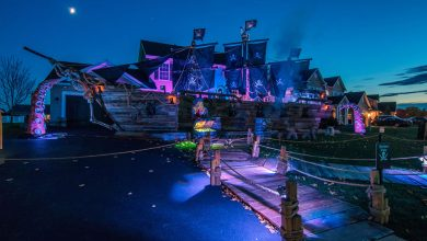 Photo of A New York father builds a 50-foot pirate ship for his daughter Halloween