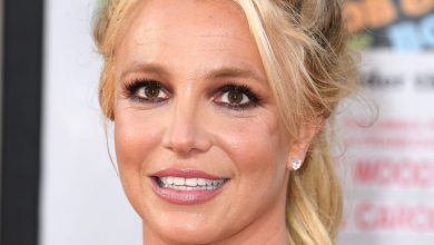 Photo of Britney Spears loses attempt to end father's conservatism