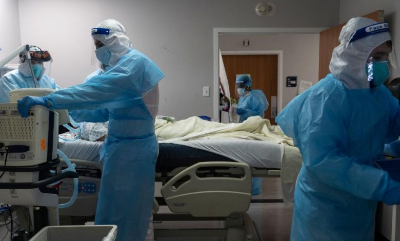 U.S. Corona virus: Nation reports more single-day deaths since May, experts say epidemic is accelerating