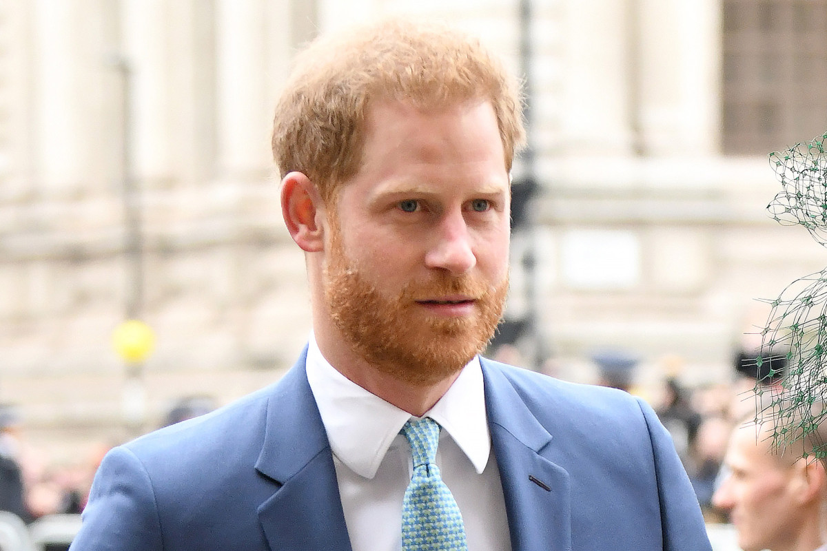 Composition Prince Harry's request on Memorial Day