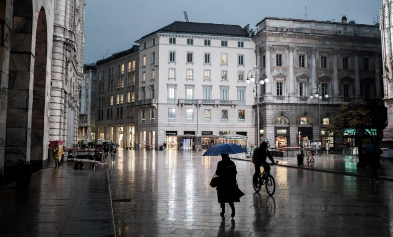 In Italy, as the virus goes everywhere, it is contagious dissatisfaction