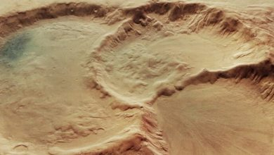 Photo of Incredible images reveal three mysteriously formed abysses on Mars