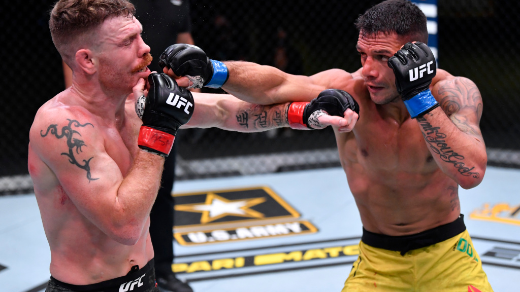 Paul Felder is dominated by Rafael Dos Anjos