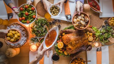 Photo of 'Thanksgiving Grandma' Celebrates 5th Holidays With 'Grandson' – but Without Husband