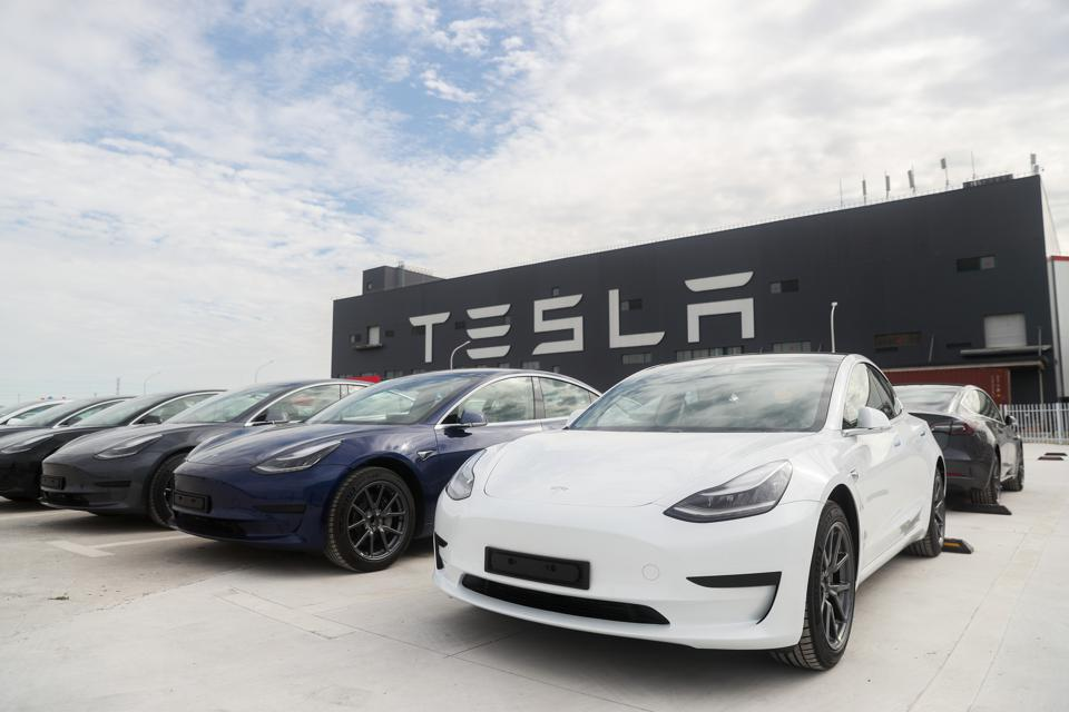 The 2021 Tesla Model 3 gets big and small changes: List