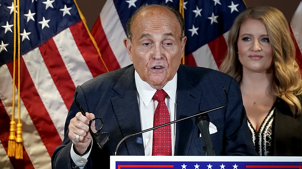 Giuliani discusses apology with Trump: Report