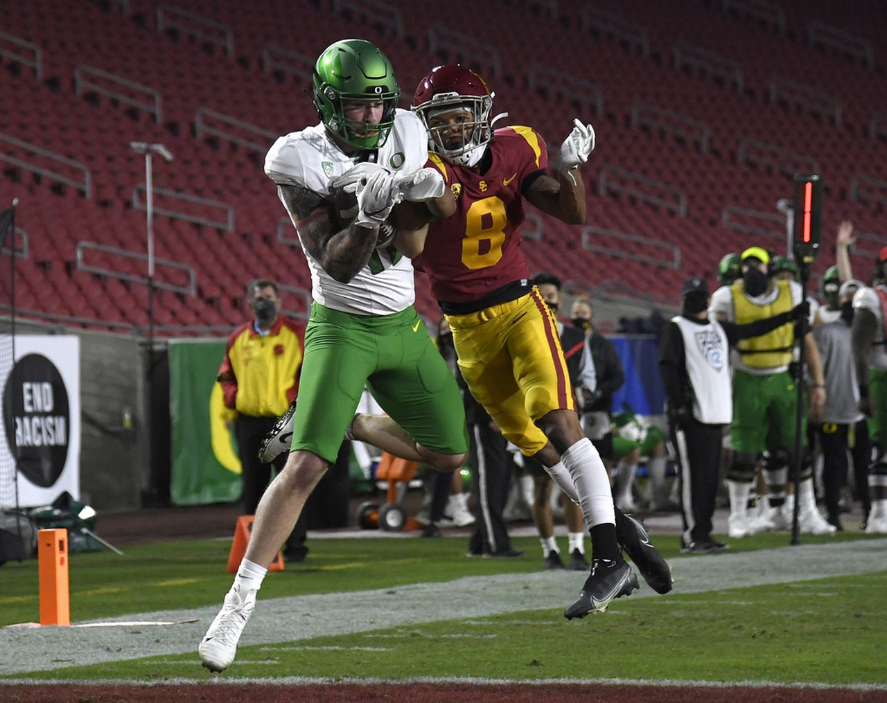 Live Updates: Oregon Ducks and USC Trojans in Pack-12 Championship Game