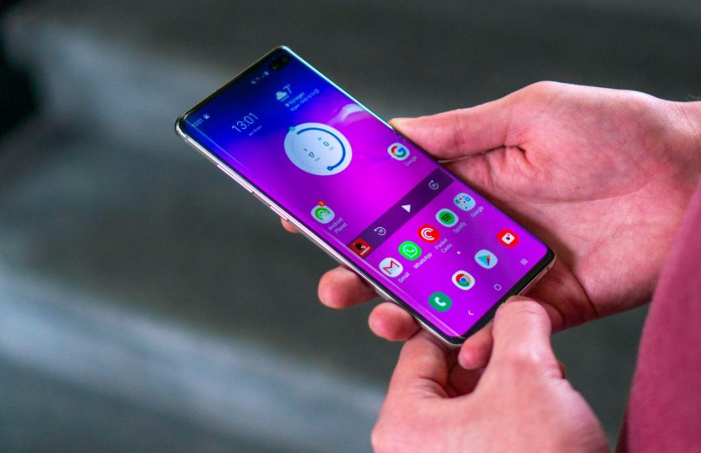 Samsung stops rolling out Android 11 update for Galaxy S10