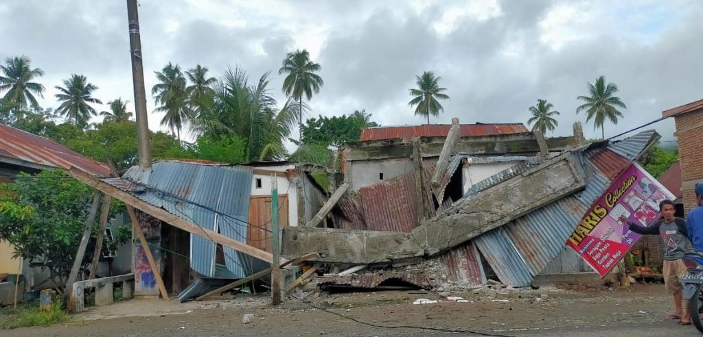 At least 24 people killed in earthquake in Indonesia