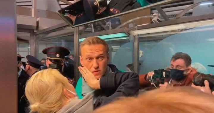 Navalny stuck outside Moscow, Blok worried |  Abroad