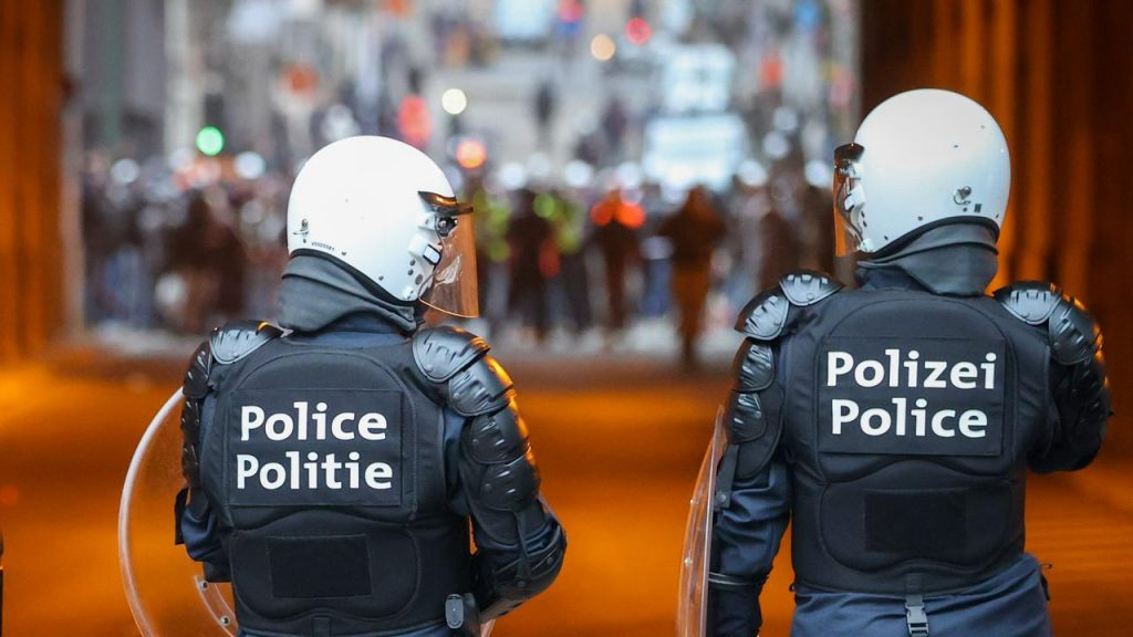 Protest riots in Brussels after the death of a 23-year-old man arrested |  NOW