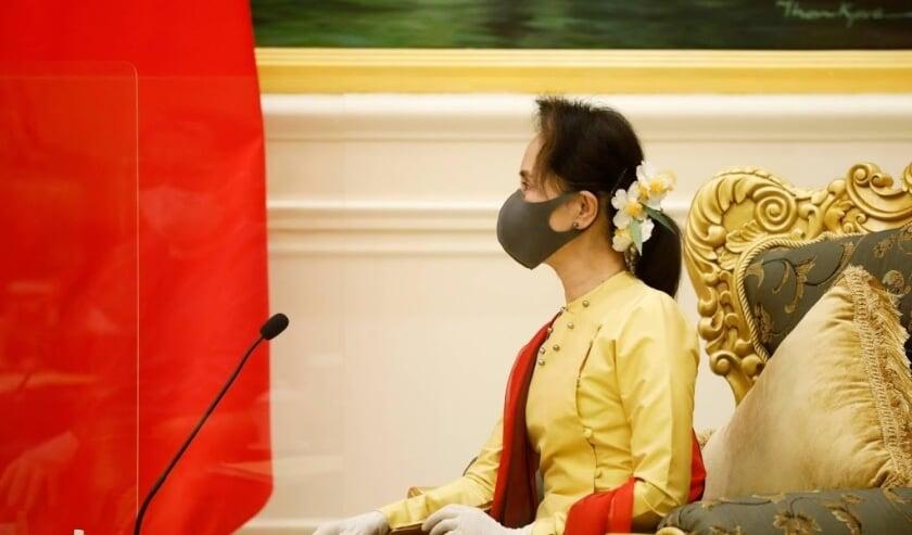 Australia, US demand immediate release of Suu Kyi