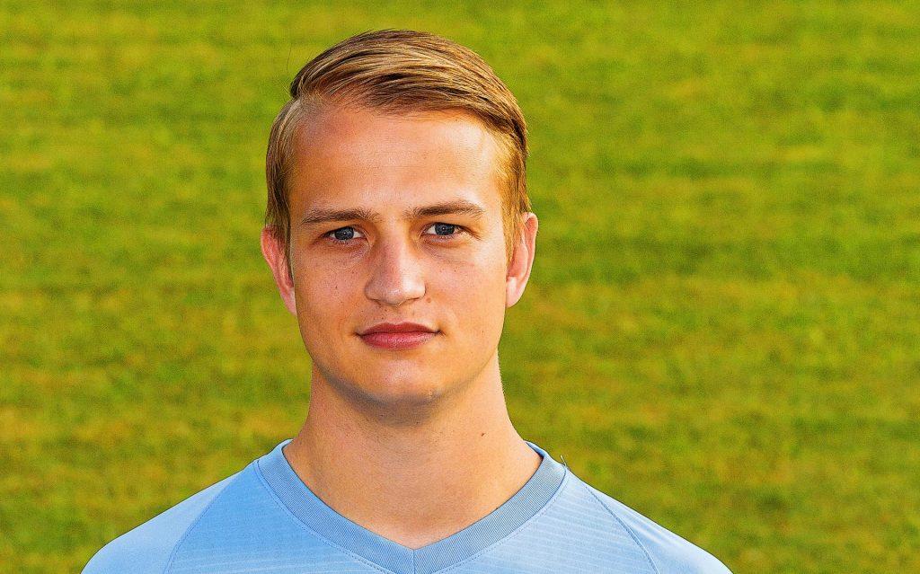 Goalkeeper Jorn-Jan van de Beld moves from HHC Hardenberg to Hoogeveen