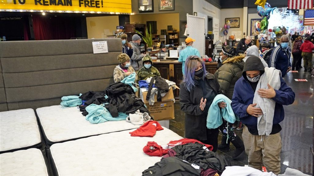 Freezing ice in the southern United States: dozens dead, millions without electricity