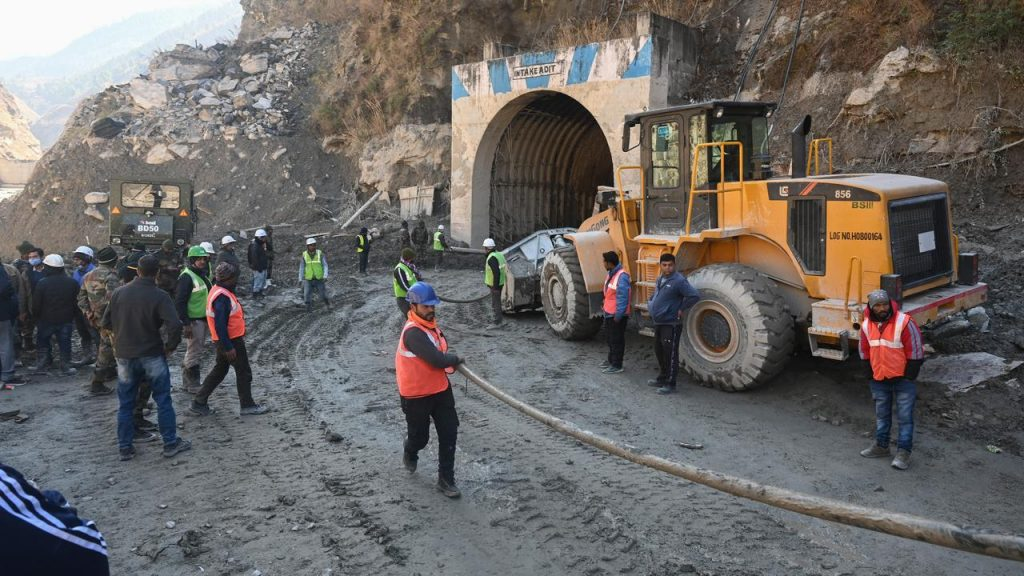 Indian workers trapped in collapsed tunnel for four days after flooding |  NOW