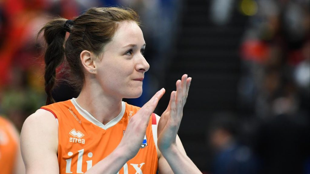 Orange-international Slöetjes (30) finally stops playing volleyball after the break |  NOW