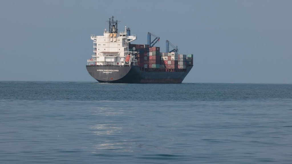Dutch shipping company says crewmembers kidnapped in Benin are doing well |  NOW