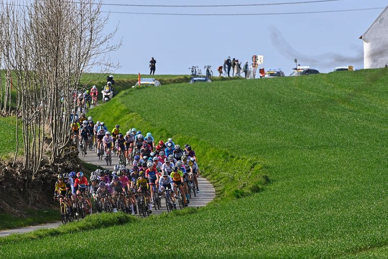 Oudenaarde - Belgium - cycling - cycling - cycling - radsport - illustration - atmosphere - illustration photographed during the Tour of Flanders - Tour of Flanders a one-day race from Oudenaarde to Oudenaarde for women - photo Gregory van Gansen / Cor Vos © 2021 © Photo News!  only BELGIUM!  Image Photo News