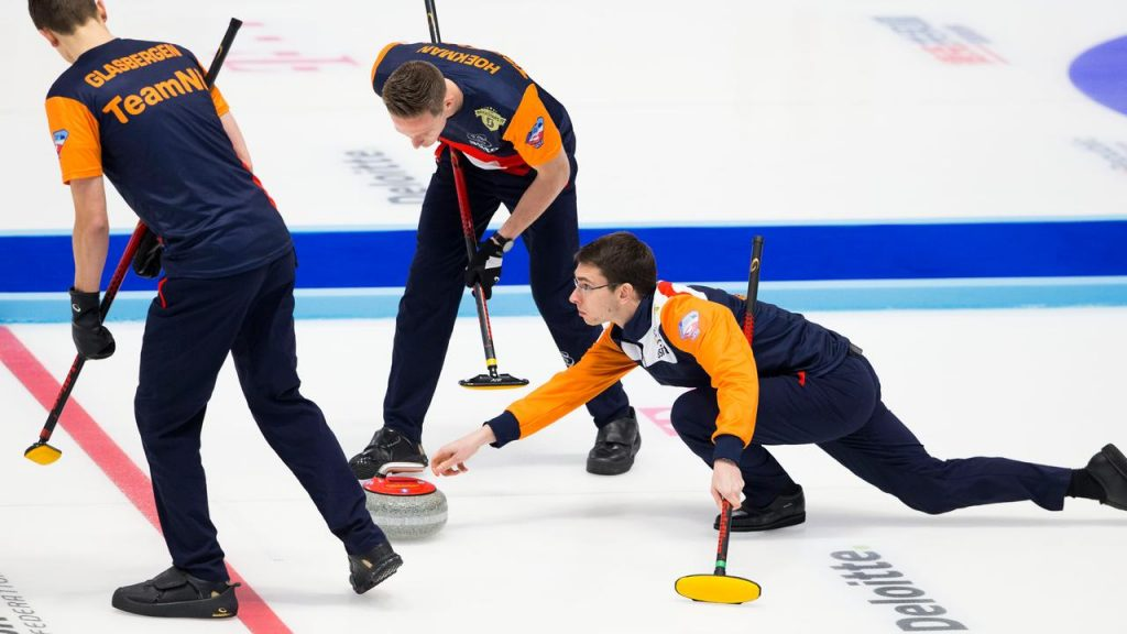 Dutch curlers' situation at the World Cup is more desperate with another defeat |  NOW