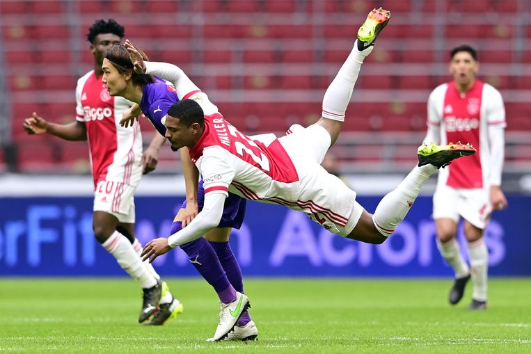 Live |  Ajax win from Groningen after trouble-free afternoon