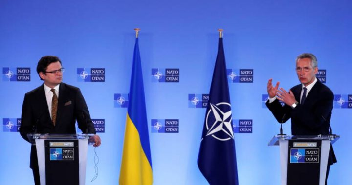 NATO leader warns Russia: Stop building troops on Ukraine border