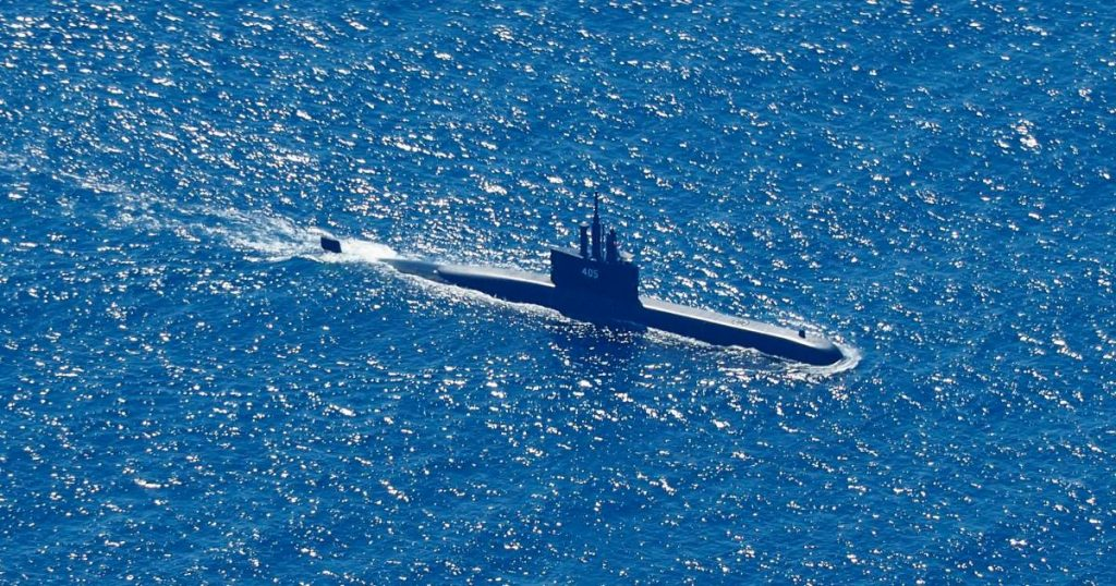 Race against time: more oxygen for missing submarine crew members tonight |  Abroad