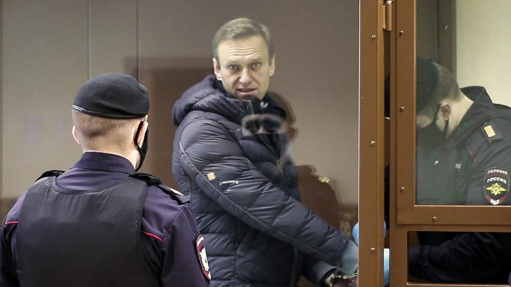 Russia Arrests Employees of Opposition Leader Navalny for Protest Day |  NOW