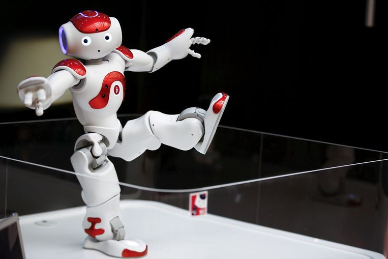 After a robotic touch at the right time, these students were sold